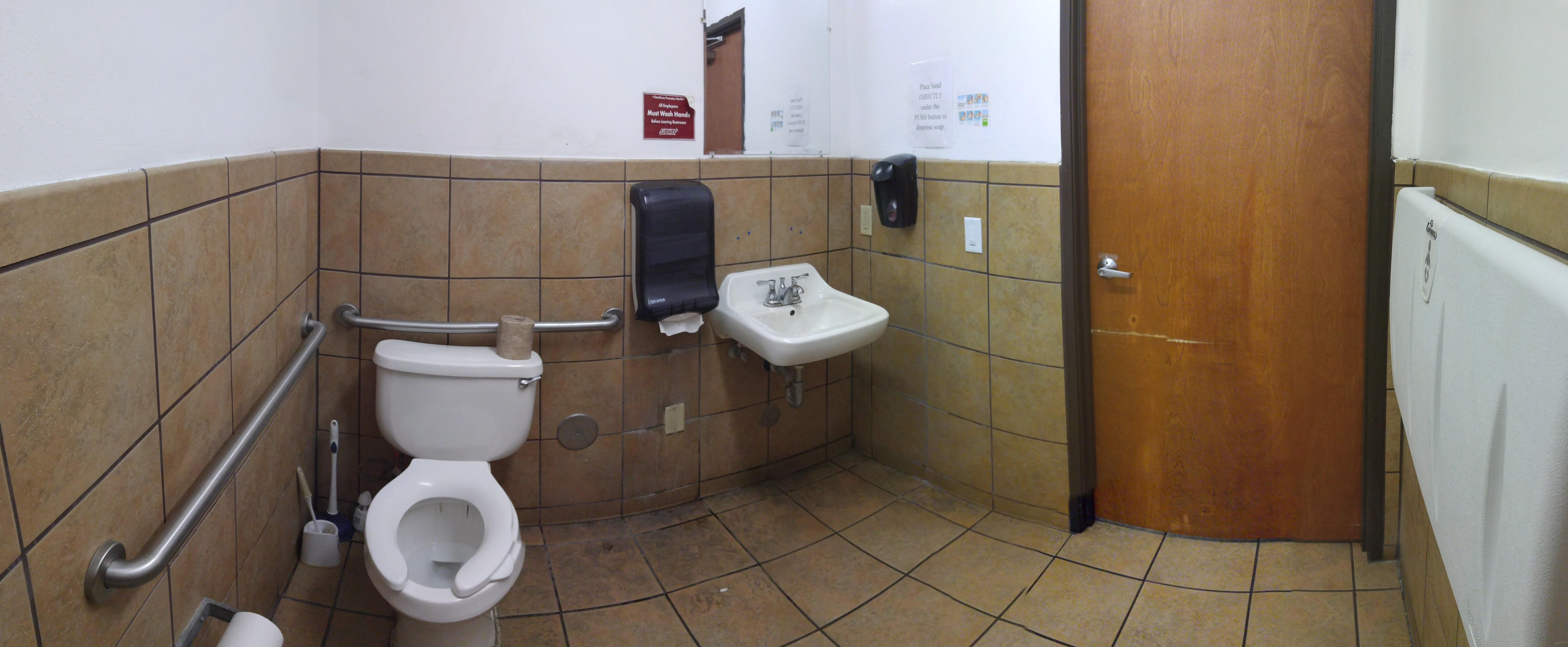 California Bathroom restaurant at williams, california - bathroom review