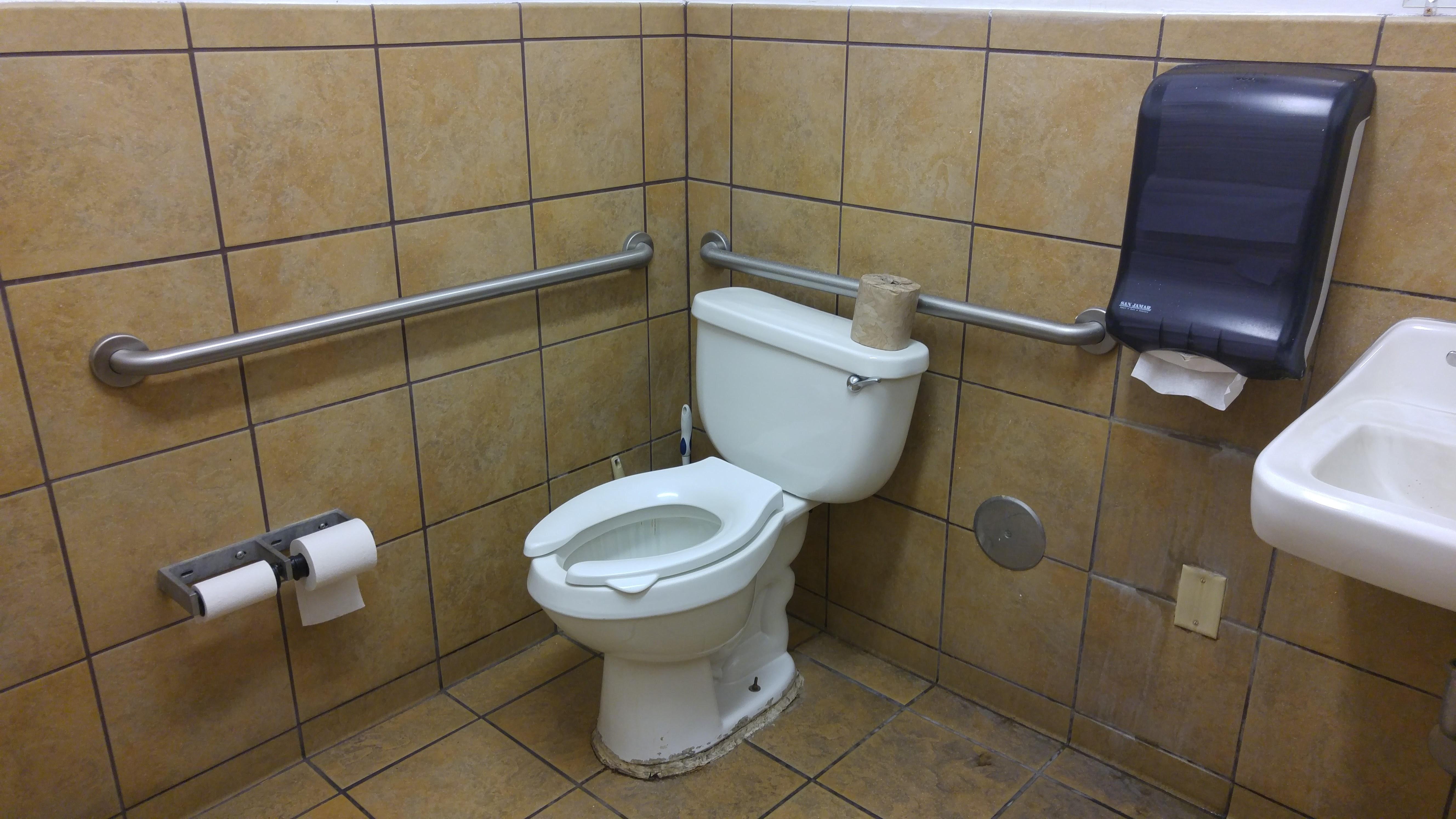 Subway Restaurant At Williams California Bathroom Review